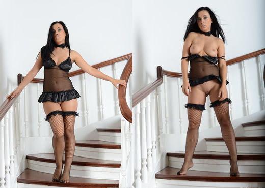 Presenting Friski - Erotic Beauty - Solo Nude Pics