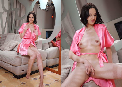 Sade Mare - Shande - Sex Art - Solo Picture Gallery