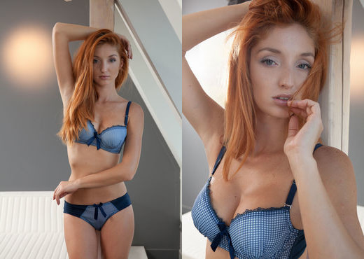 Michelle H - Hypnotic Pulse - MetArt X - Solo Nude Pics