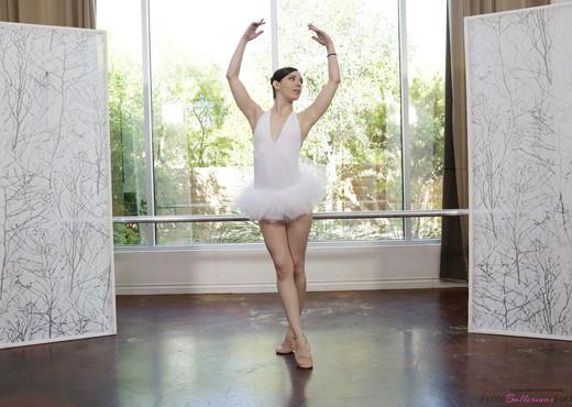 Ember Stone - Petite Ballerina Spinner - Hardcore Nude Gallery