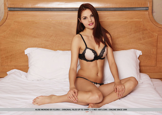 Alise Moreno - Ameta - MetArt - Solo Image Gallery