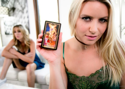 Anikka Albrite, Brett Rossi - The Psychic Truth - Girlsway - Lesbian Picture Gallery