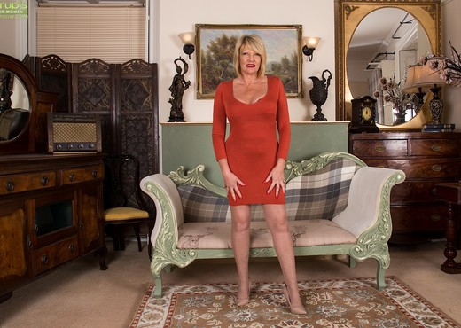 Amy Goodhead - Karup's Older Women - MILF Image Gallery
