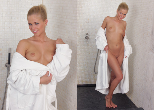 Teen Depot - Tracy Gold - Teen Nude Pics