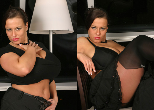Aneta naked in Restaurant - Aneta Buena - Boobs Porn Gallery