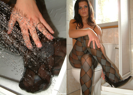 Kasia Shower - Magic Legs - Solo Image Gallery