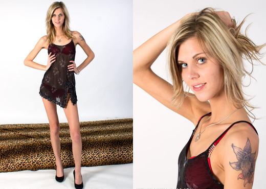 Euro Babe Facials - Sindy Vega - Blowjob Nude Gallery