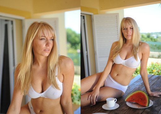 Hayley Marie Coppin - Portugal Breakfast - Hayley's Secrets - Solo Sexy Gallery