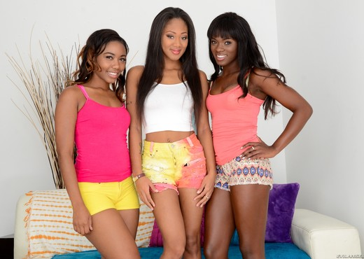 The Three Faces Of Evil Deep-Throat - Evil Angel - Ebony TGP