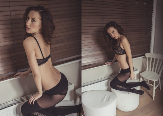 Sophia Smith - Wolford Weekender - Sophia's Sexy Legwear - Solo Image Gallery