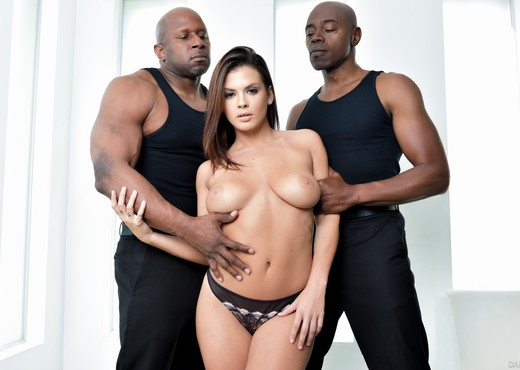 Sean Michaels, Prince Yahshua & Keisha Grey - DarkX - Interracial Nude Gallery