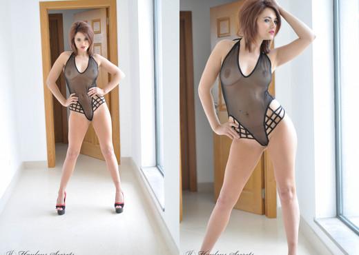 Emma Lou - Emma Window - Hayley's Secrets - Solo Porn Gallery