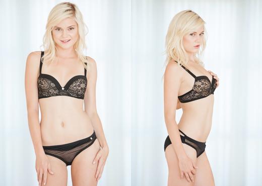 Chloe Foster - Erotica X - Solo Sexy Gallery