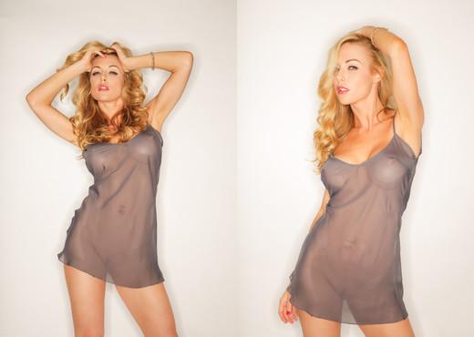 Kayden Kross - Manuel Ferrara - Solo Nude Gallery