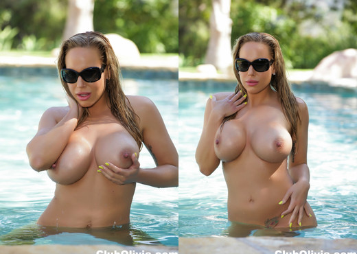 Pornstar Olivia hangs out nude by the pool - Olivia Austin - Solo Nude Pics