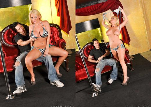 Mark Zane & Sophie Dee - SunLustXXX - Hardcore Image Gallery