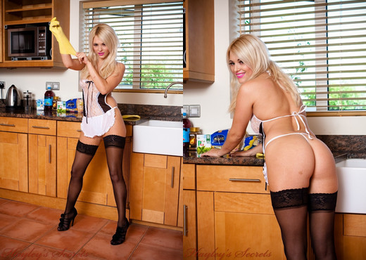 Emma Lou - Kitchen Maid - Hayley's Secrets - Solo HD Gallery