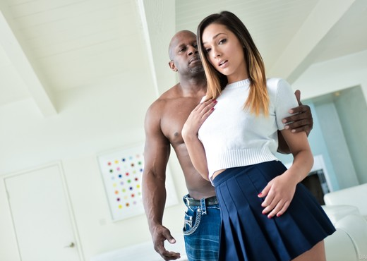 Prince Yahshua & Jaye Summers - DarkX - Interracial Picture Gallery