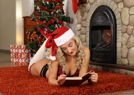 Stunning blonde Daisy Lee toys herself for Xmas - Toys Picture Gallery