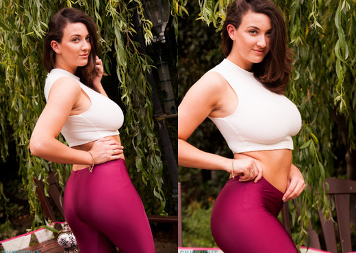 Joey Fisher - Joey Leggings - Skin Tight Glamour - Solo Nude Pics