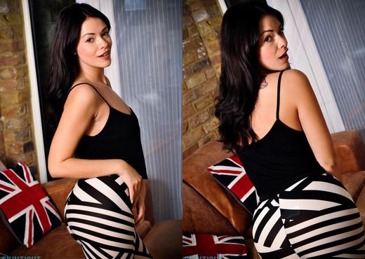Ava Dalush - Ava Leggings - Skin Tight Glamour - Solo Nude Pics