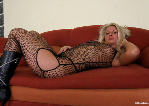 Ania Black - Magic Legs - Solo Sexy Photo Gallery