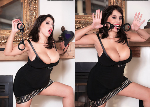 Elle Flynn - Elle's Big Bells - ScoreLand - Boobs TGP