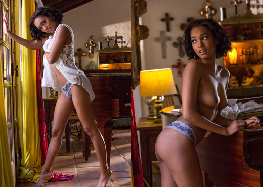 Noel Monique Is As Succulent As She Is Alluring - Ebony Sexy Gallery
