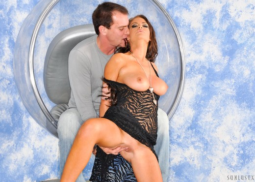 Evan Stone & Cindy Jones - SunLustXXX - Hardcore Sexy Photo Gallery