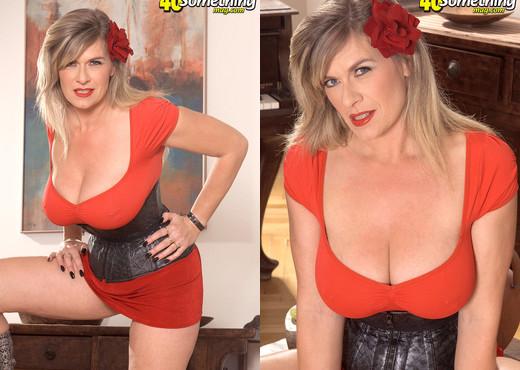 Marina Rene - Milk & Titties - 40 Something Mag - MILF Nude Pics