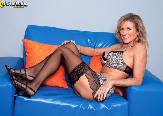 Meet Jade, Cum Lover - 40 Something Mag - MILF Hot Gallery