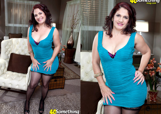 Sabrina Santos - Latina Stripper Milf Takes On Big Cock - MILF Image Gallery