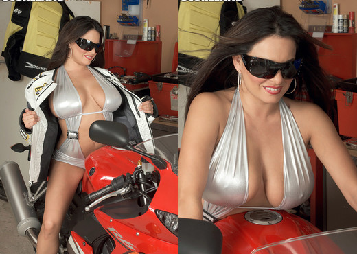 Mia Starr - Easy Rider - ScoreLand - Boobs Sexy Photo Gallery