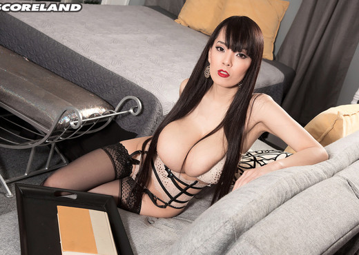 Hitomi - A Different Angle - ScoreLand - Boobs HD Gallery