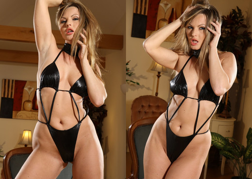 Sandra - S Pvc - Strictly Glamour - Solo Sexy Photo Gallery