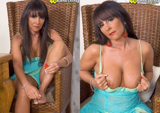 All Cocks Are Big Cocks To Cassidy - 40 Something Mag - MILF Hot Gallery