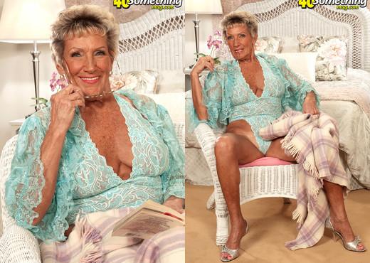 Sandra Ann - Breaking The 70something Barrier! - MILF Porn Gallery
