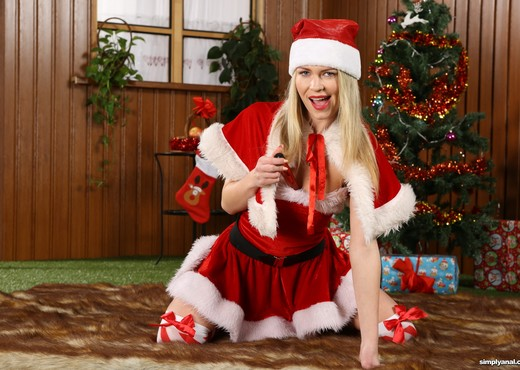 Christmas Day - Claudia Macc - Simply Anal - Anal Sexy Photo Gallery