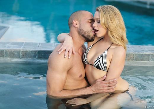 Mia Malkova & Karlo Karrera - Erotica X - Hardcore HD Gallery