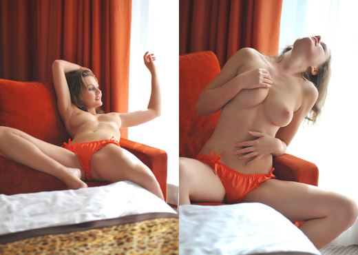 Tina Orange - BreathTakers - Solo Porn Gallery
