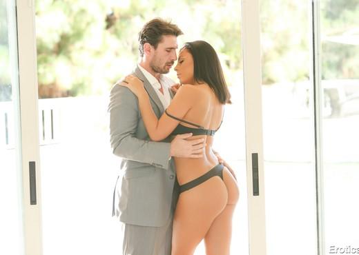 Manuel Ferrara & Gianna Nicole - Erotica X - Hardcore Nude Gallery