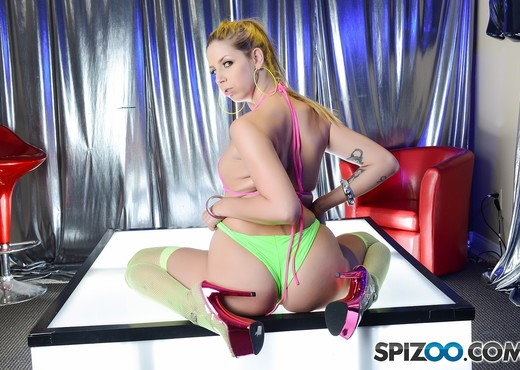 The Soldier Experience - Raquel Roper - Spizoo - Hardcore Picture Gallery
