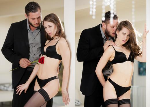 Riley Reid & Danny Mountain - Erotica X - Hardcore Sexy Photo Gallery