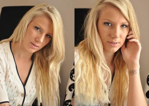 Danielle Maye - Danielle Window - Hayley's Secrets - Solo Image Gallery