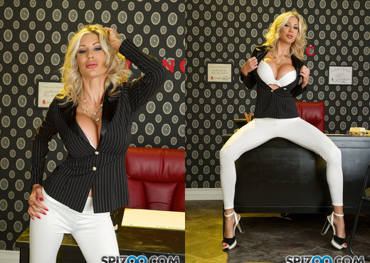 Puma Hot Secretary - Puma Swede as a hot secretary - Spizoo - MILF Nude Pics