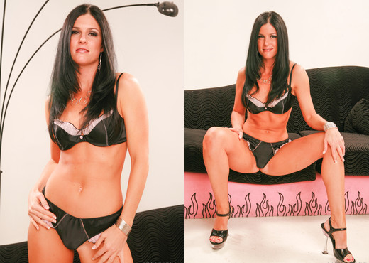 India Summer - SunLustXXX - MILF Image Gallery