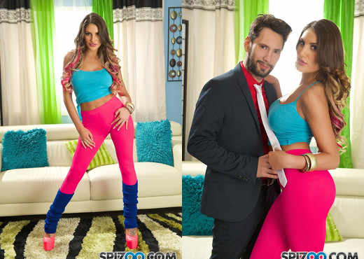 Tommy Fucks August Ames - Hardcore - Spizoo - Hardcore Picture Gallery