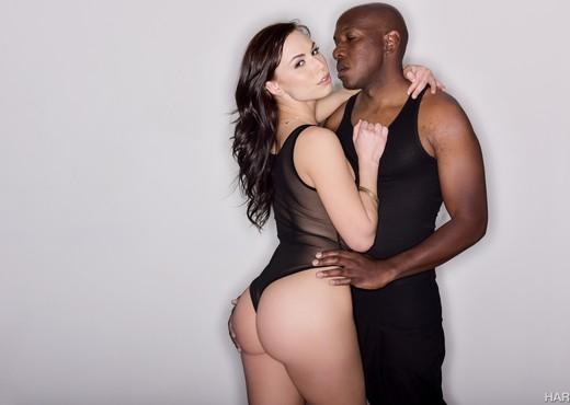 Mandingo & Aidra Fox - HardX - Interracial Porn Gallery