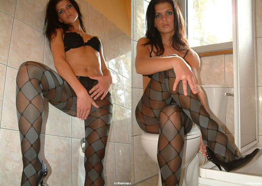 Kasia get shower in pantyhose - Magic Legs - Solo Sexy Gallery