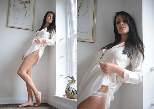Helen - Whiter Than White - Girlfolio - Solo HD Gallery